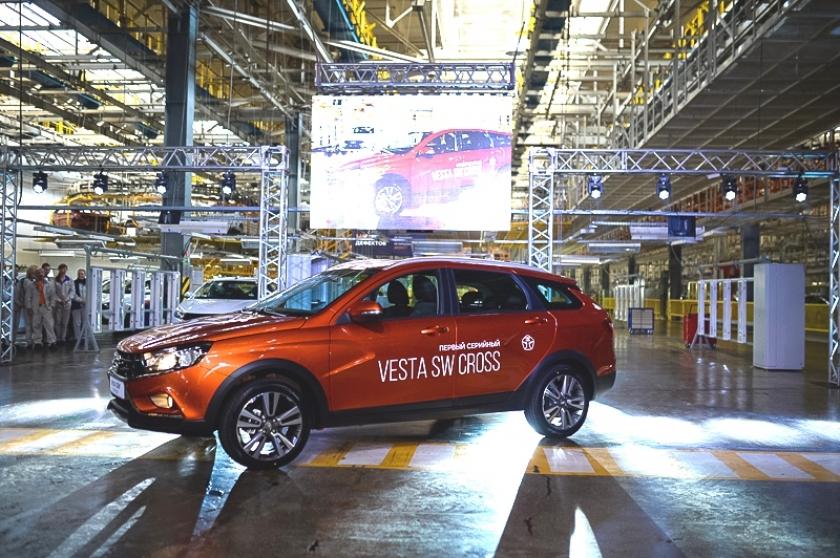 Стартовало серийное производство LADA Vesta SW и LADA Vesta SW Cross